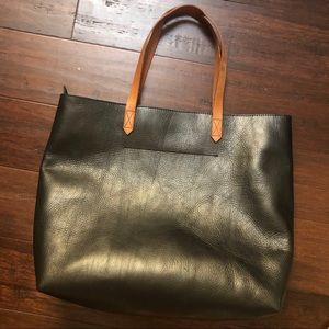 NWOT Madewell transport tote BLK w brown handles